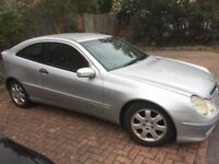 Mercedes Benz c220 coupe spares or repairs please read listing