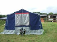 4x4 trailer tent waterproof ready to go large awning which caan sleep more kitchen all curtains ect