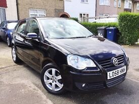 2009 VOLKSWAGEN POLO 1.4 MATCH AUTO 5DR,41000 MILES ONLY,NEW MOT,GRAB A BARGAIN.