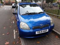Beautiful Toyota Yaris 2001, Manual, Clean inside out.