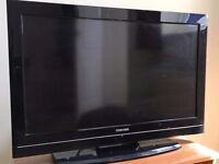 """Toshiba 32"""" LCD TV (32BV700B) with Stand and Remote control."""