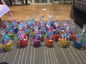 Kids own made party bags