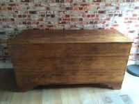 Beautiful large solid wood storage chest/toy box/bedding storage