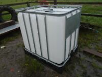 1000 litre water/ fuel tank new with tap