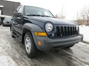 2007 Jeep Liberty Sport, propre...financable..500 de depot seule