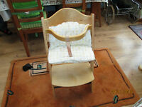 Wooden babies feeding chair / seat. Mothercare.