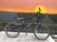 Original Mongoose Logo BMX 25x9 teeth Big Bolt Stunt Bike VGC