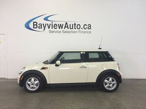 2010 Mini COOPER - LEATHER! ALLOYS! A/C! FULL PWR GROUP!