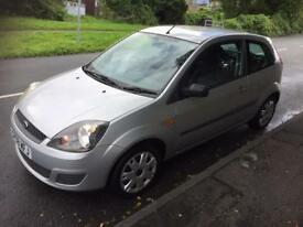 Ford Fiesta style 2008