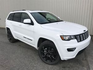 2018 Jeep Grand Cherokee Altitude +Toit, Hitch+