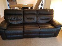 2 seater black leather electric recliner & 3 seater black leather recliner