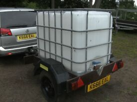 600 LITRE WATER TANK TRANSPORTER / STORAGE ROAD TRAILER BRAKED WITH LIGHTS ETC..