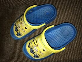 Minion Crocks
