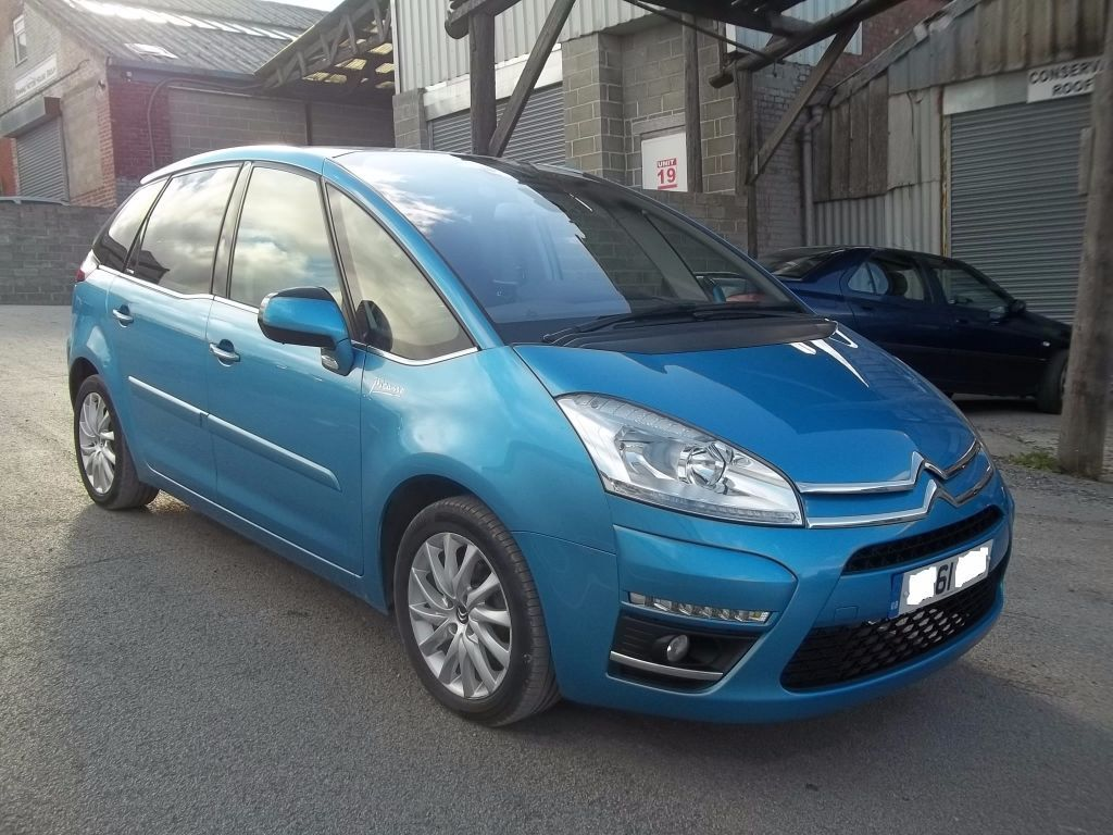 2011 citroen c4 picasso 1 6 e hdi airdream exclusive egs semi auto 5 door hatchback blue 1 owner. Black Bedroom Furniture Sets. Home Design Ideas