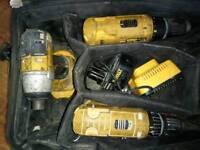 DeWalt drill/screwdriver set