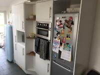 White gloss second hand kitchen cupboards