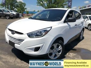 2015 Hyundai Tucson GLS ***HEATED SEATS & LOW KM**