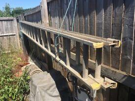 Double extending aluminium ladder 3.9-7.5mtrs heavy duty. Good clean condition