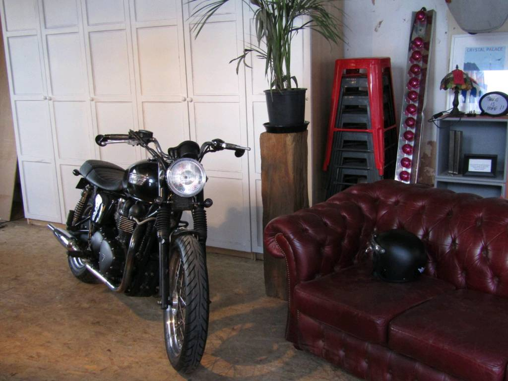 Triumph Bonneville Efi In Norwood London Gumtree