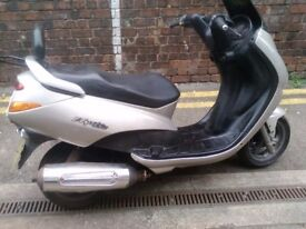 ELYSEO 125 SCOOTER,for spares or repair.