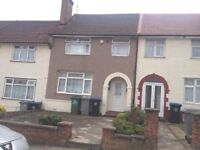 Clean and tidy 3 bedroom house with large reception room, large garden and storage shed to the rear.