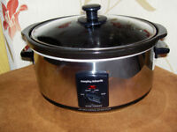 MORPHY RICHARDS OVAL 3.5l SLOW COOKER - POLISHED STAINLESS STEEL