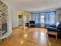 North End Regent Park. room for rent house of mid 20s