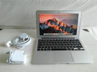 Apple MacBook Air 11 inch - early 2014 - Core i5 1.4Gz - 4GB RAM - 128GB SSD