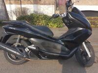Honda Pcx 125cc 2011 in Very good condition.