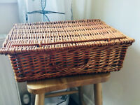 *Vintage* Traditional Wicker Picnic Hamper Storage Basket Shabby Chic Retro VGC