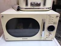Daewoo cream microwave