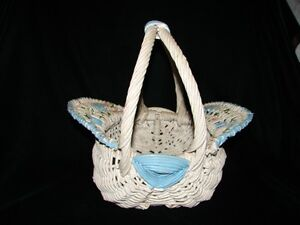 Vintage-Woven-Wicker-Primitive-Basket-White-amp-Blue