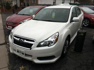 2013 Subaru Legacy 2.5i-HEATED SEATS!