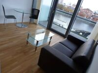 Furnished, modern studio flat in Salford Quays - available immediately!