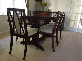 G Plan extending oval dining table with 6 chairs