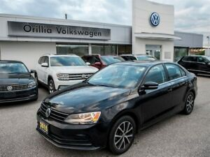 2015 Volkswagen Jetta LEGROOM AND HEADROOM TO SPARE!!