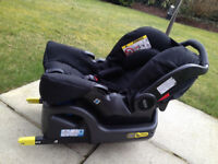 GRACO SnugFix Baby Car Seat with matching SnugFix ISOFIX Base - EXCELLENT condition!