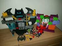 Imaginext DC Super Friends Batcave & Joker Laff Factory