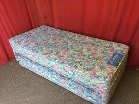 SINGLE DIVAN BED WITH PULL OUT BED AND MATTRESSES,CAN DELIVER