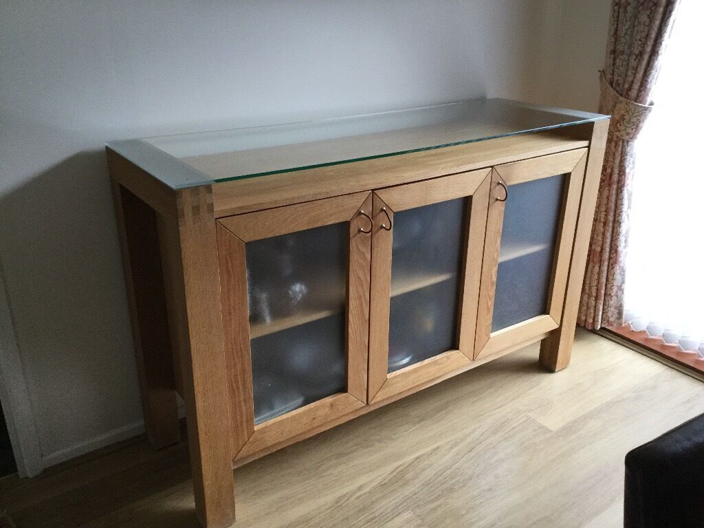 Solid Oak Sideboard With Gl Doors And Top