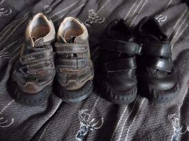2 Pairs Clarks Boys 7.5 Junior Shoes