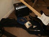LINDO AMP + GUITAR COMPLETE V.G.C + EXTRAS