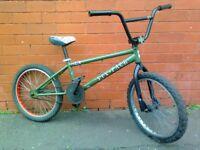 DK Six - Pack Professional Jump Bmx bike .