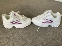 FILA Disruptor II In white with metallic purple Girls Size UK 4