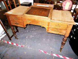 Old Ledgers Clerk Desk…Scrooge Desk…30185