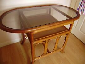 Table, good condition, lovely piece of furniture, suitable for conservatory or living room