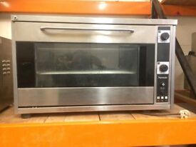 Convection Oven Newscan,Single Phase Electric,Runs Off An Ordinary 13 Amp Plug,Good WorkingCondition