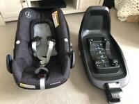 Pebble plus Maxi cosi car seat and isofix base