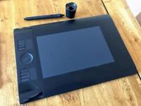 Wacom Intuos 4 -Graphics Tablet