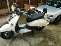Valencia scooter